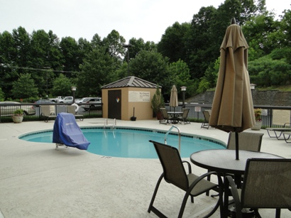 Hampton Inn Morganton Pool