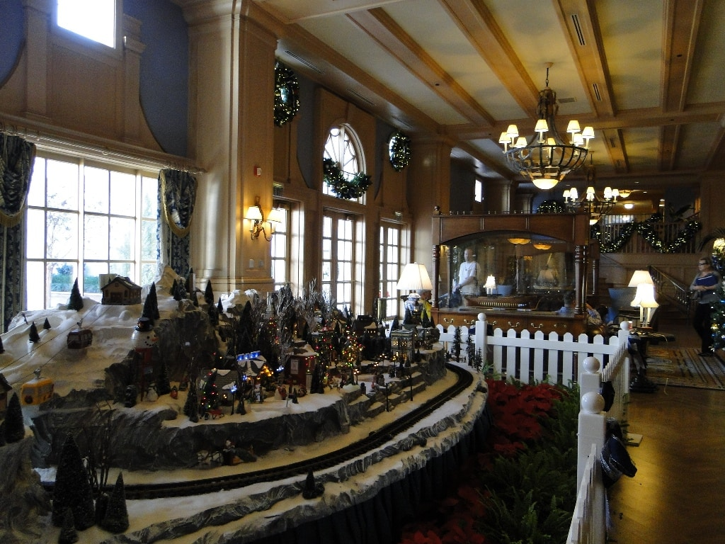 Disney Themed Christmas Decorations