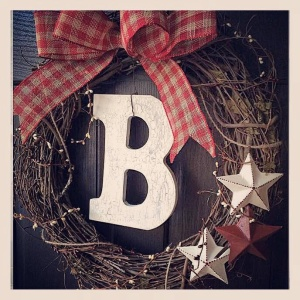 Rust Upon A Twine: Custom Made Wreaths and Crafts From North Carolina