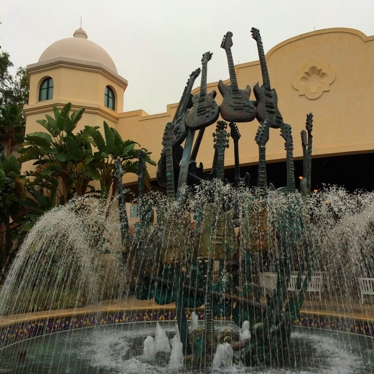 hard rock hotel orlando fountain