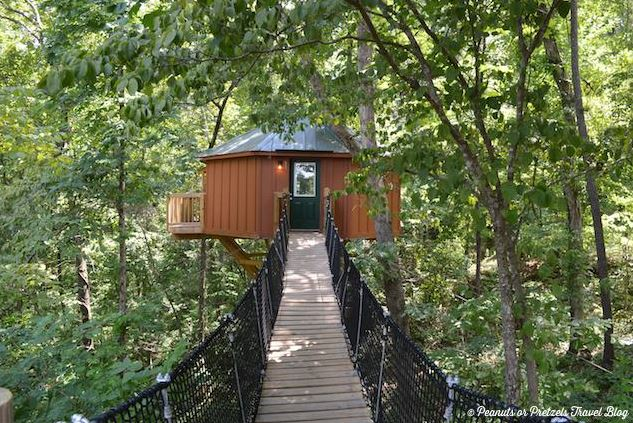 Tree House Rooms Banning Mills