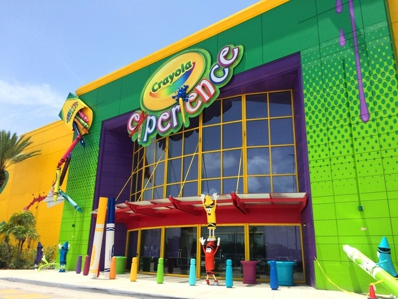 Crayola Experience Opens in Orlando at The Florida Mall - Kim and Carrie