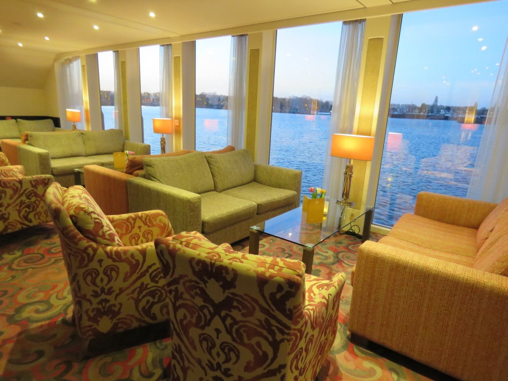 AmaCerto AmaWaterways Lounge