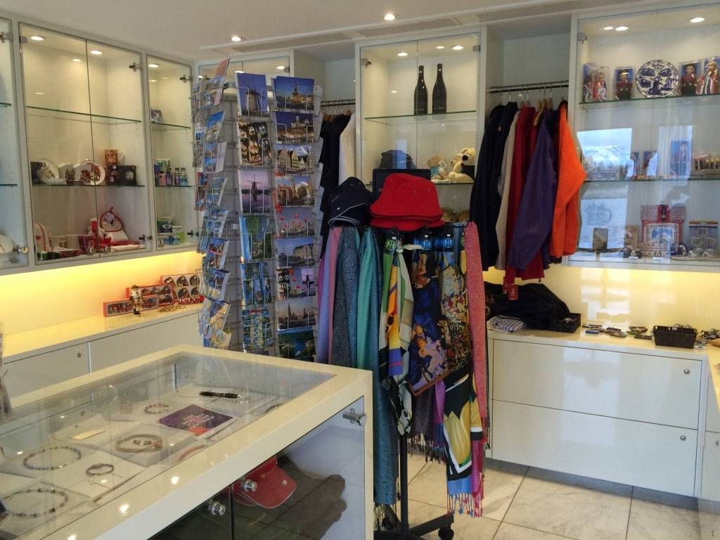 AmaCerto AmaWaterways Gift Shop