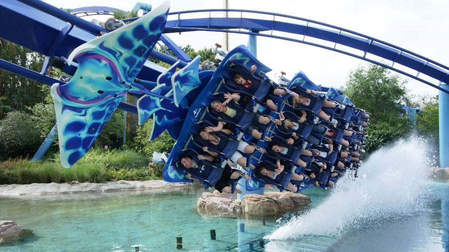Free Admission At Seaworld And Busch Gardens For Florida First Responders Kim And Carrie