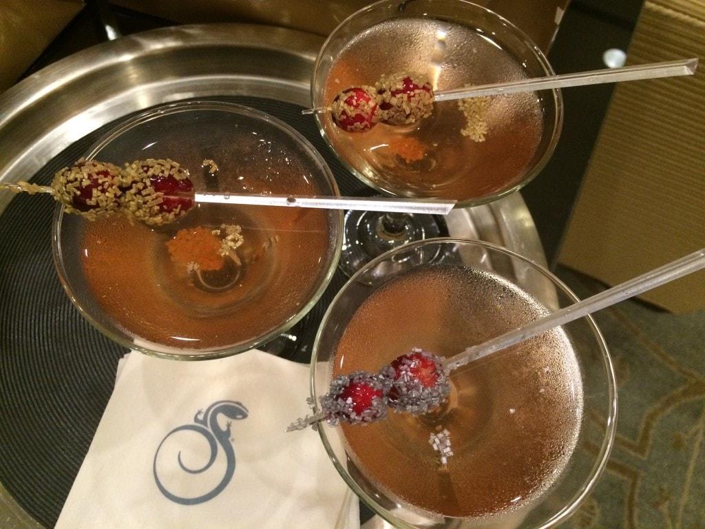Cocktails Reunion Resort