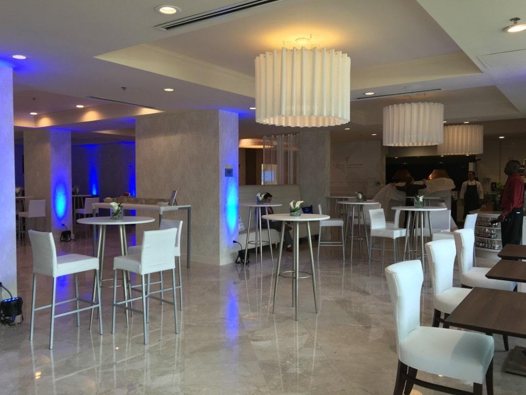 Delta Hotels Marriott Orlando Lake Buena Vista Disney Lobby