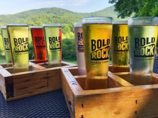 Charlottesvile, Virginia is a fun destination for foodies. Hard cidder, wineries and a whisky distillery are among the best places to visit for a taste of Charlottesville. #travel #hardcider