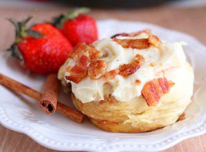 Homemade Bacon Cinnamon Rolls: A Cast Iron Skillet Recipe