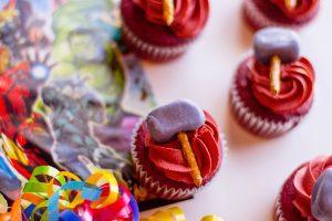 Thor Hammer Cupcakes: Marvel Avengers Snacks