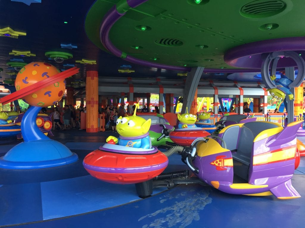 alien swirling saucers ride toy story land