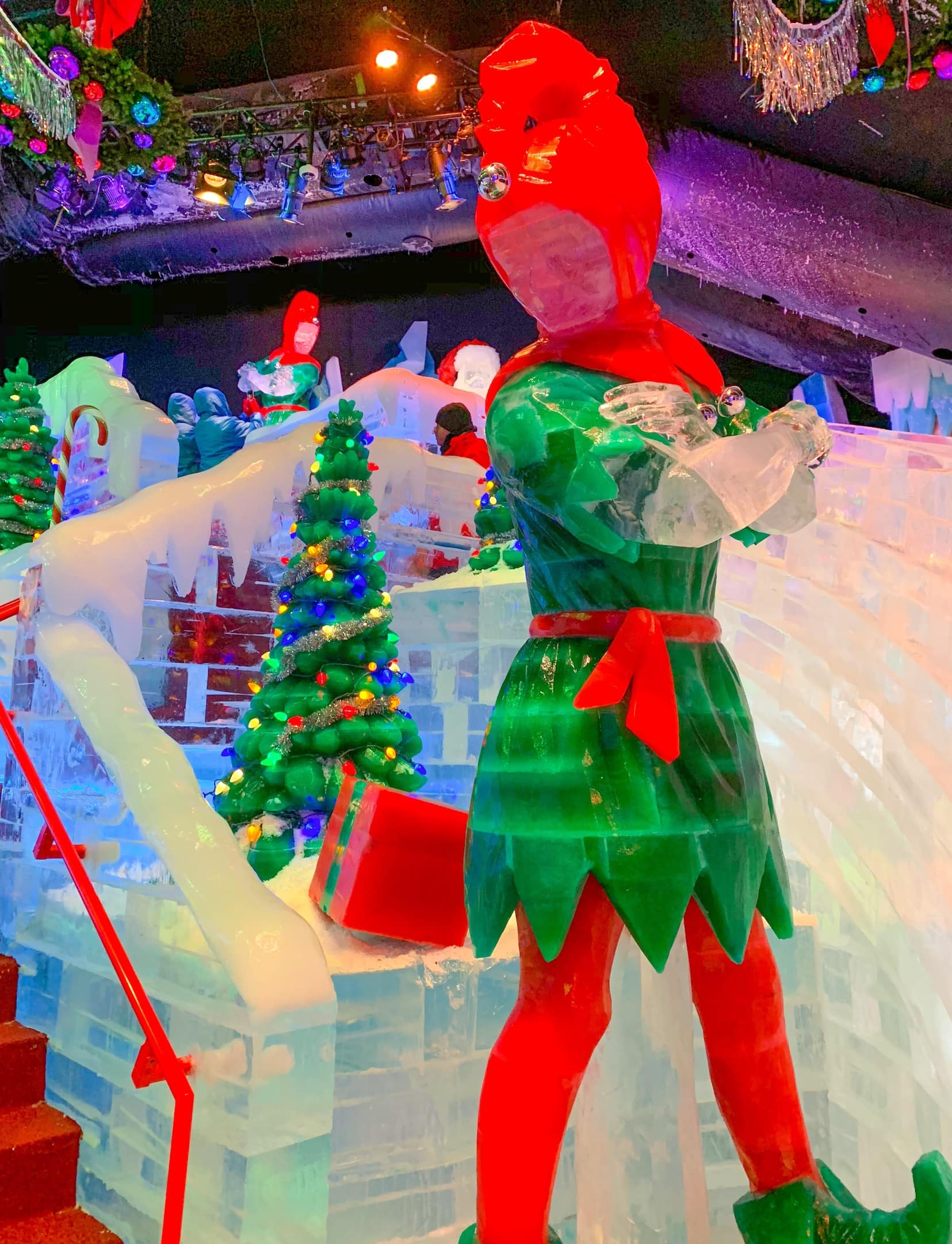 Gaylord Palms ICE 2018 A Christmas Story Orlando Elf Ice Slides