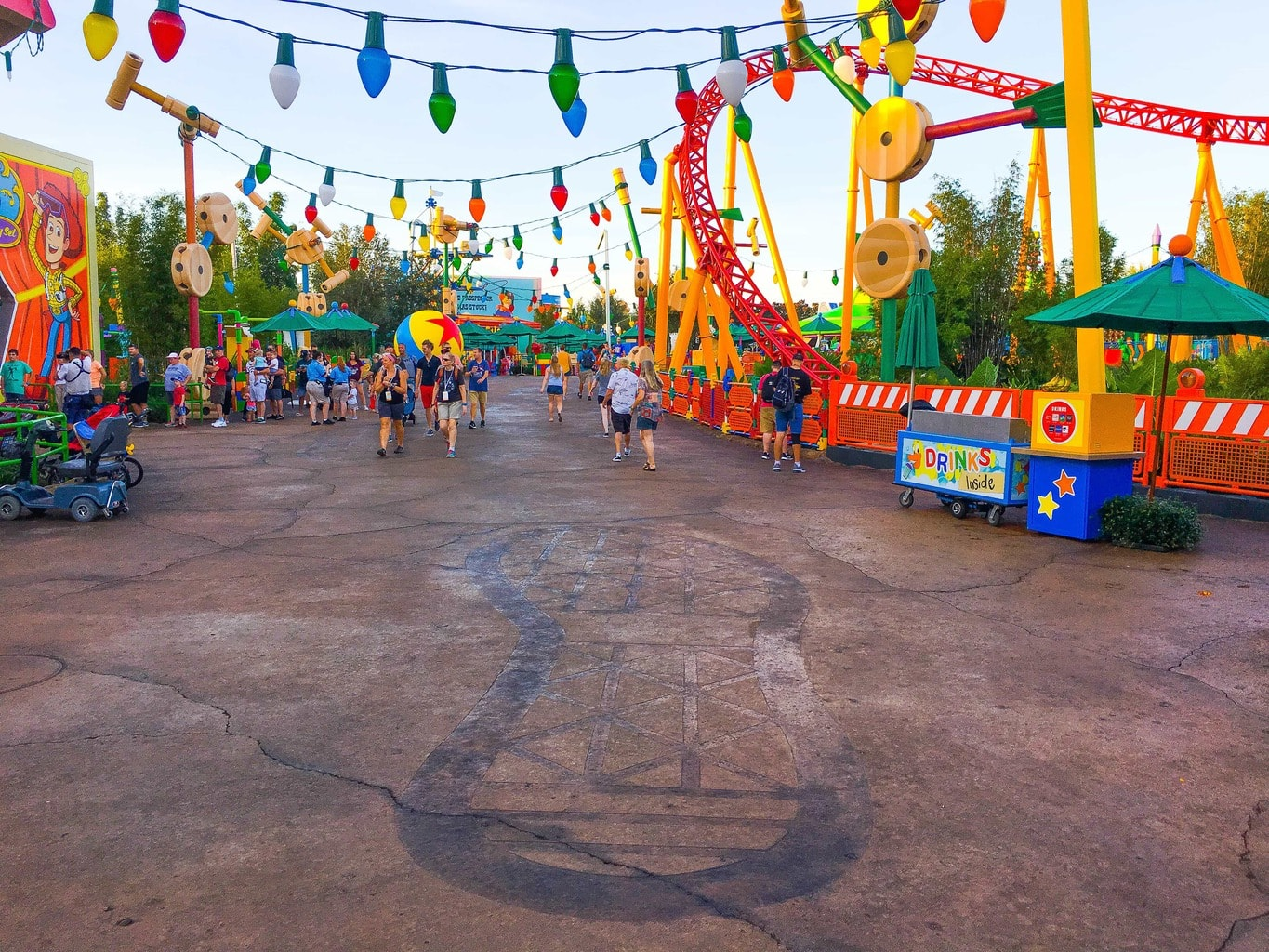 Disney Early Morning Magic At Toy Story Land Review Kim And Carrie