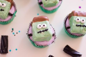 Frankenstein Cupcakes for Halloween Treats