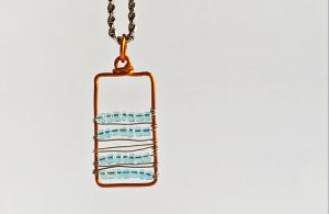 DIY Beautiful Beaded Pendant Necklace