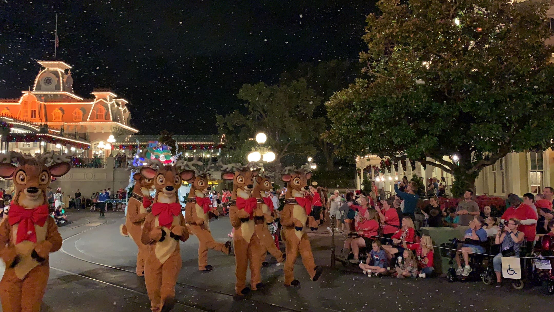 Dancing Reindeer Mickey's Very Merry Christmas Party Parade Magic Kingdom