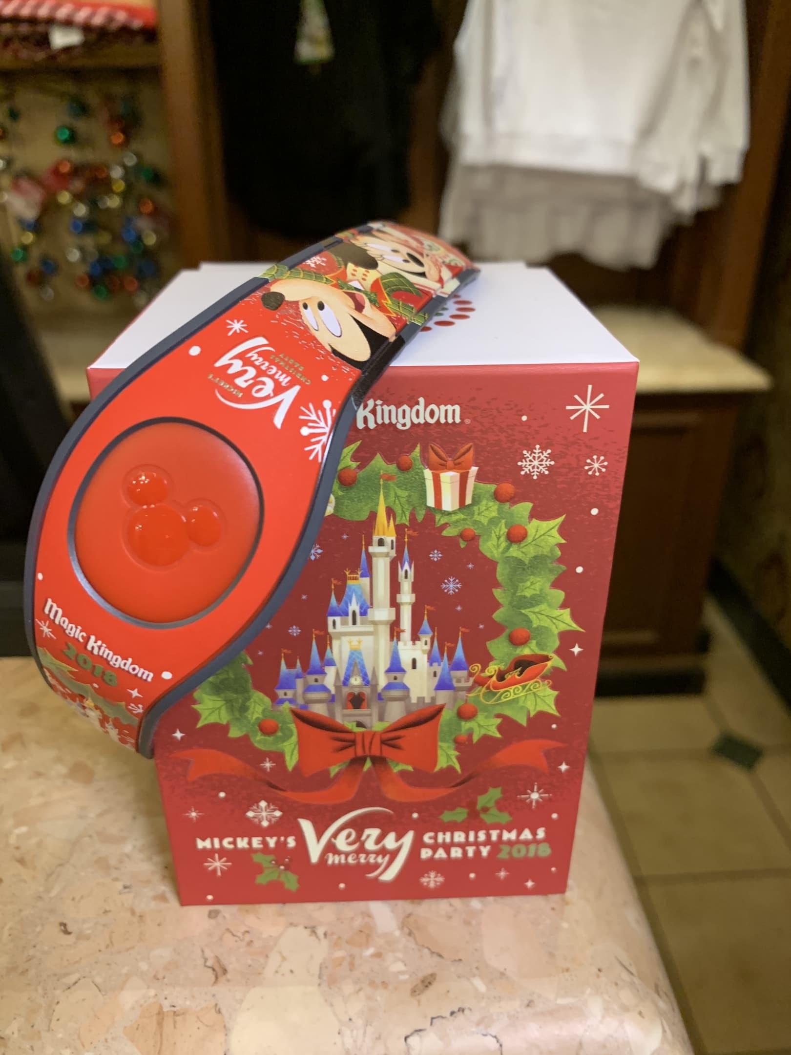 Mickey's Very Merry Christmas Party Merchanidse Magic Band Magic Kingdom