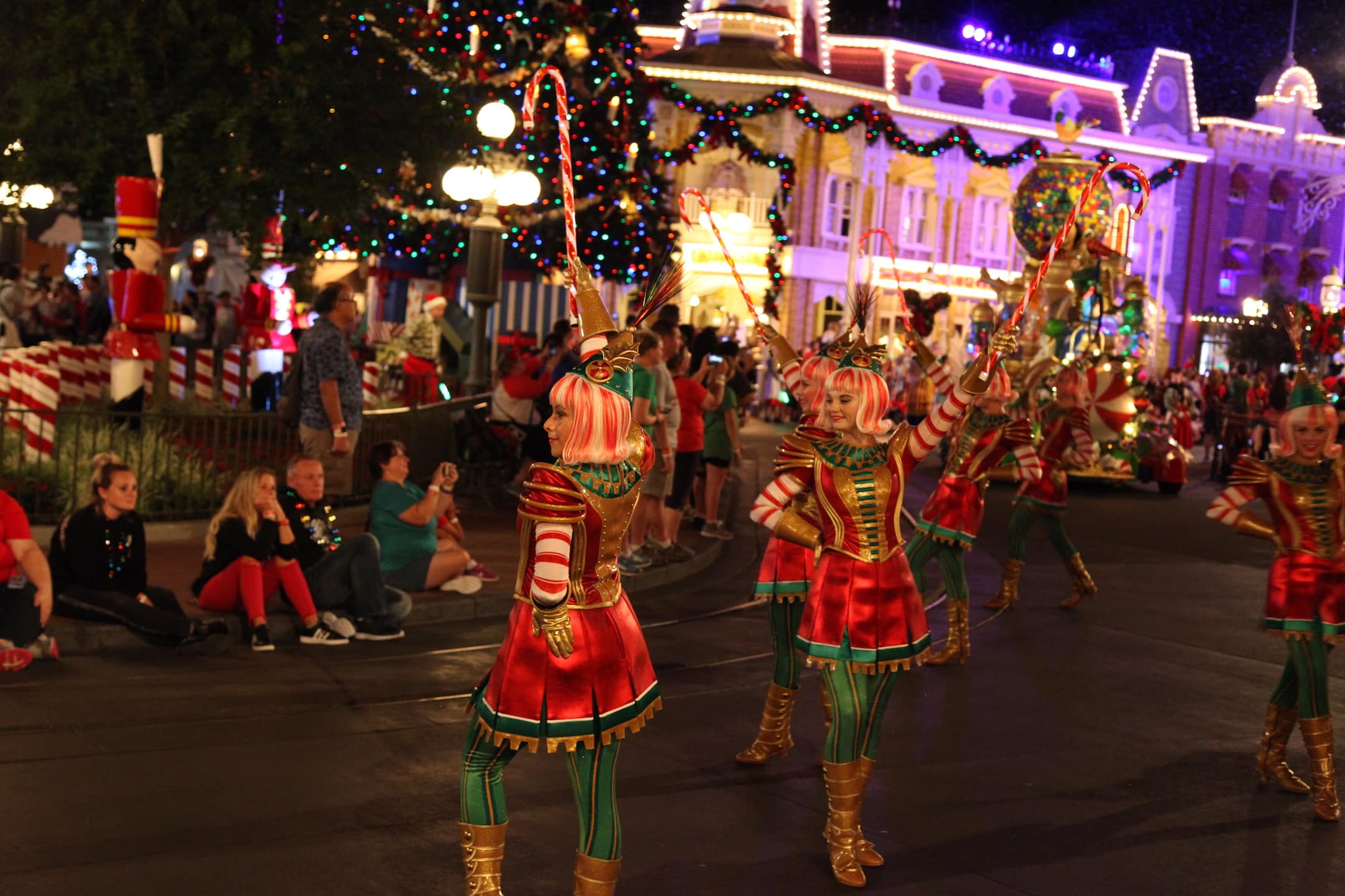 Peppermint Elves Mickey's Very Merry Christmas Party Parade Magic Kingdom