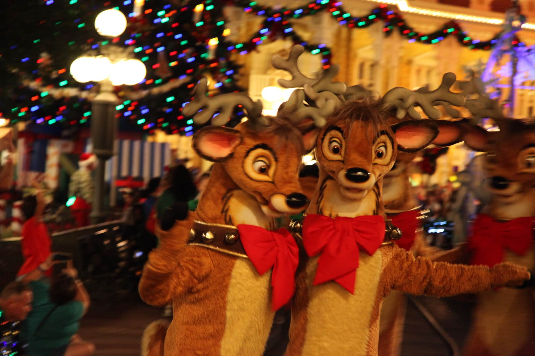Reindeer Mickey's Very Merry Christmas Party Parade Magic Kingdom