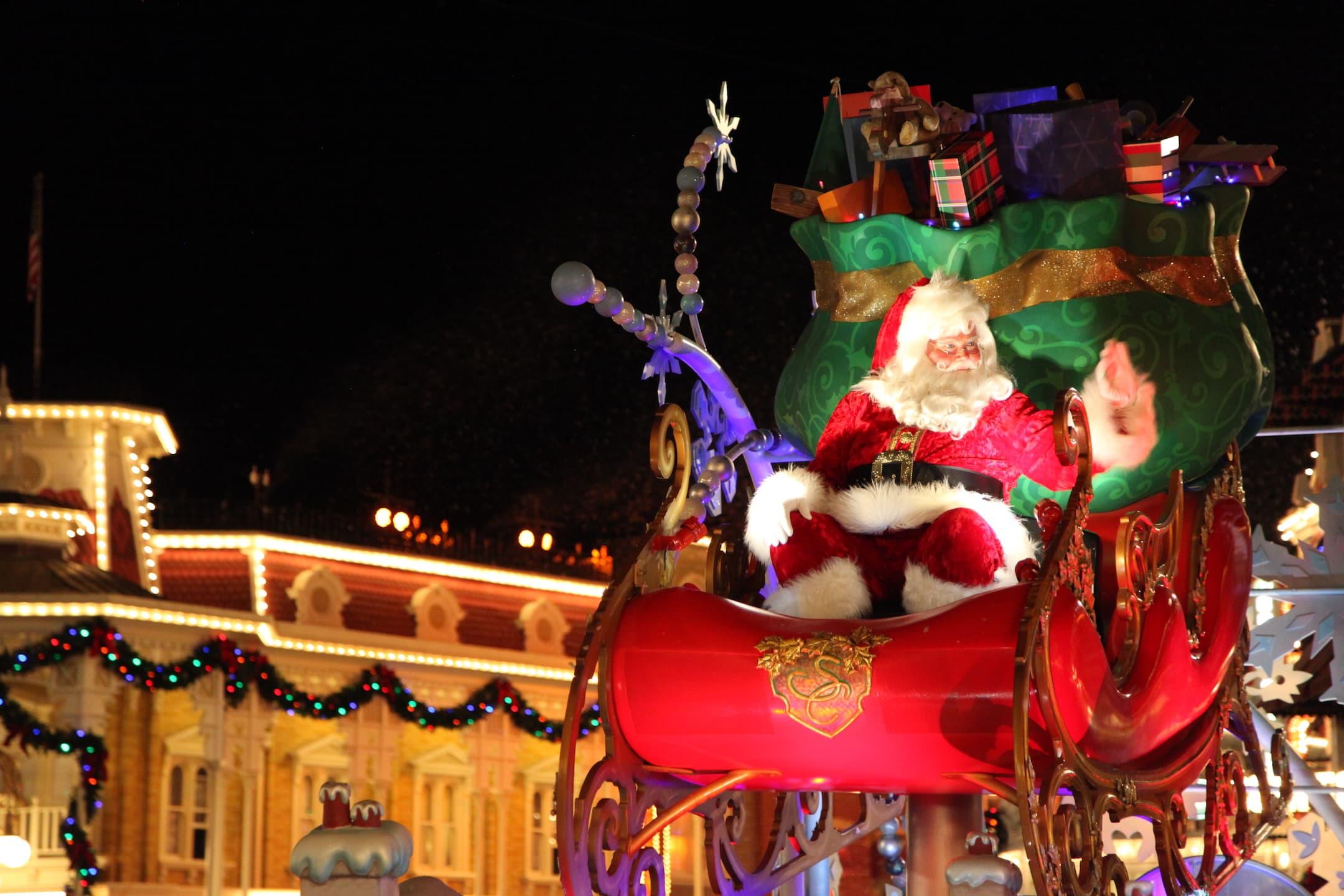 Santa Claus Mickey's Very Merry Christmas Party Parade Magic Kingdom