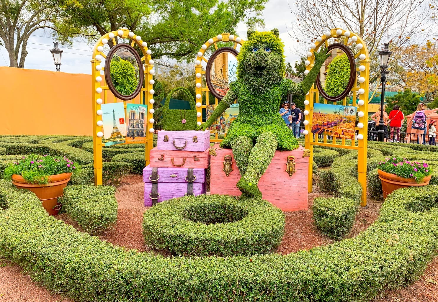 2019 epcot flower and garden festival overview - kim and carrie