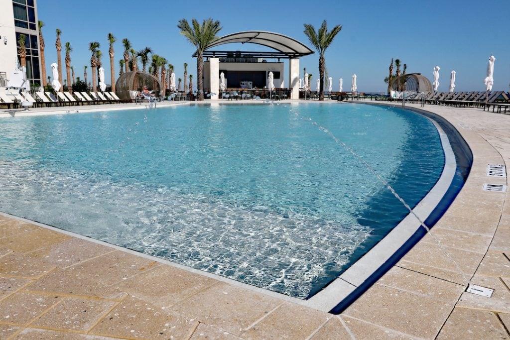 infinity pool embassy suites st augustine