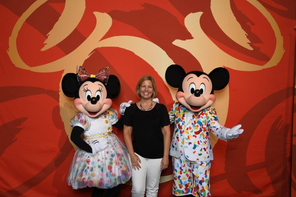 Kim with Mickey and Minnie Disney Social Media Celebration