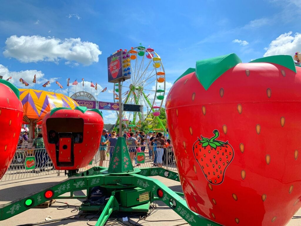 festival rides in shape of strawberries